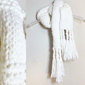 Chunky Knit White Scarf